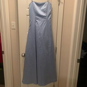 Perwinkle Formal Gown, Size 6